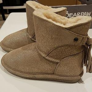 Bearpaw girls boots